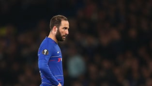 Après une saison en prêt, à cause de son interdiction de recruter, Chelsea ne pourra pas faire signer définitivement Gonzalo Higuain. Alors que son chemin...