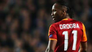 Galatasaray'ın unutulmaz futbolcularından Didier Drogba, son dönemin moda etkinliklerinden birine imza atarak mekik performansını takipçileriyle paylaştı....