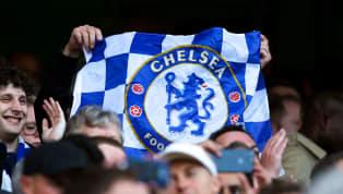 Tin từ Ý, HLV Maurizio Sarri đã yêu cầu Chelsea sớm hoàn tất thương vụ Gonzalo Higuain để chuẩn bị cho đại chiến với Arsenal vào Chủ nhật. Chân sút người...