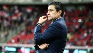 Todo indica que el director técnico de Chivas, Luis Fernando Tena, seguirá al frente del equipo para el torneoClausura 2020pese a los rumores de que otros...