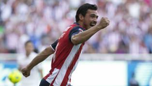 En las últimas horas mucho se ha hablado acerca de la salida del defensor Oswaldo Alanís del conjunto de las Chivas. Luego de tener escasos minutos en el...