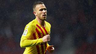 Non sarebbe un infortunio ad aver obbligato il centrocampista del Barcellona, Arthur, a saltare le ultime tre partite, bensì una punizione dello stesso club...