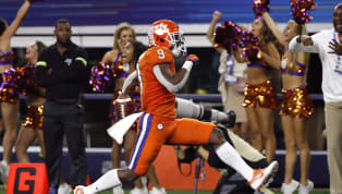 The luck of the Irish ran out tonight in Arlington. The Clemson Tigers and their dominant defense steamrolled the previously undefeatedNotre Dame Fighting...