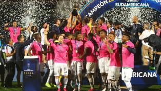 Este equipo ecuatoriano que en 2016 había sorprendido a Sudamérica al eliminar a River y Boca en la Copa Libertadores se tomó revancha de la final perdida en...