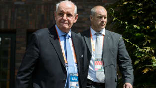 Ligler tescil edilecek mi? Ligler devam mı edecek? Sözleşmesi 31 Mayıs'ta sona erecek olan futbolcular için yeni sözleşme mi yapılacak? UEFA Eski Asbaşkanı...