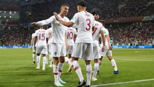 Parece que el futbolista portuguésCristiano Ronaldoestá entrando en el mundo de la inmobiliaria. Por un lado, hace dos semanas salió la noticia en ABC de...