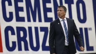 Robert Siboldi, quien llegó al banquillo deCruz Azula mitad del Apertura 2019, dirigirá a 'La Máquina Celeste' desde la pretemporada de cara al Clausura...