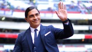 En una entrevista para el programa Versus de TUDN, el exfutbolista profesional y actual entrenador, Juan Francisco Palencia, confesó que tuvo una oferta para...