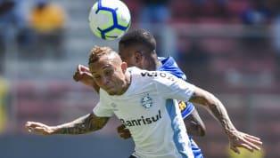 Se o Grêmio conquistou sete dos últimos nove pontos disputados no Campeonato Brasileiro, o Bahia obteve apenas um. E esta situação, claro, se reflete na...