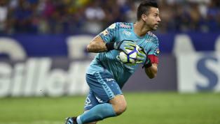 Enquanto a maioria dos grandes clubes brasileiros vai pensando em grandes contratações e nas disputas de torneios internacionais, oCruzeiro, ao menos em...