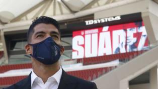 Ayer fue un día de muchas emociones para el delantero uruguayo, que llegó a Madrid desde Barcelona a primera hora de la mañana, pasó reconocimiento médico y...