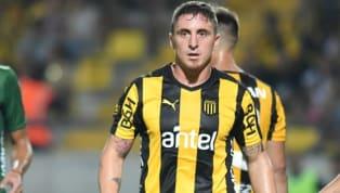 Los carboneros tienen un gran malestar por la indisciplina de su capitán, que volvió en malas condiciones a los entrenamientos. El fútbol uruguayo va...