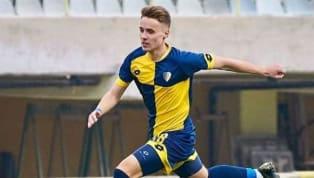 Ajansspor'da yer alan habere göre; Fenerbahçe, TFF 3. Lig ekibi 1928 Bucaspor'da forma giyen 17 yaşındaki genç forvet oyuncusu Barış Sungur'un transferinde...