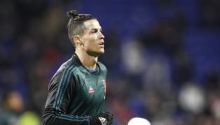 Cristiano Ronaldo và Lionel Messi đều không phải là những cái tên có sức ảnh hưởng nhất thế giới bóng đá, theo France Football. Tờ báo Pháp thống kê top 50...