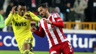 Spor Toto Süper Lig'in 32. haftasındaki önemli maçta Fenerbahçe ile Demir Grup Sivasspor kozlarını paylaşacak. Ligde üçüncülük yarışındaki sarı-lacivertli...