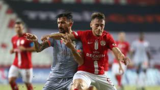 30. hafta randevusunda Fraport TAV Antalyaspor'a konuk olan Medipol Başakşehir önemli oyuncularından yoksun çıktığı karşılaşmadan 3 puanla ayrılarak...