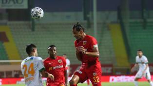 Süper Lig'in 2. hafta randevusundakendi sahasındaAytemiz Alanyaspor, Hes Kablo Kayserispor'u2-0 mağlup ederek yükselişini sürdürdü. Turuncu-yeşilli ekibe...