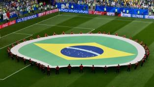 21. yüzyılın ülkelere göre en iyi 11'i serisinde sıra Brezilya'da. Tahmin de edebileceğiniz üzere Brezilya için böyle bir 11 oluşturmak oldukça zor. Futbol...