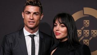 Georgina Rodriguez tiết lộ, cô hoàn toàn cảm thấy xấu hổ mỗi khi tập luyện cùng người bạn trai Cristiano Ronaldo. Do ảnh hưởng của đại dịch Covid-19, Ronaldo...