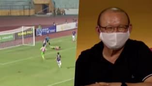 Thành Chung đã có một pha bỏ lỡ không tưởng khiến thầy Park Hang-Seo phải bật cười. Pha bóng diễn ra trong trận cầu ở cúp Quốc Gia giữa Hà Nội FC và Đồng Tháp...