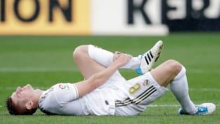 Chấn thương đang là nỗi ám ảnh của Real Madrid mùa này. Mới chỉ nửa chặng đường trôi qua, bệnh viện ở Bernabeu đã đón tới 16 cầu thủ với gần 30 ca chấn thương...