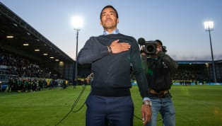 Former Barcelona midfielderGiovanni van Bronckhorst is set to become the new manager for New York City FC, with Manchester City looking to give him the...