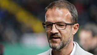Auch beiEintracht Frankfurtwird über einen Gehaltsverzicht der Profis gesprochen, wie Aufsichtsratsvorsitzender Wolfgang Steubing und Sportvorstand Fredi...