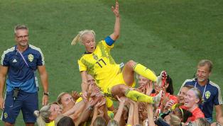 ทีมฟุตบอลหญิงทีมชาติสวีเดน จบศึกฟุตบอลโลกหญิง2019 ด้วยการคว้าอันดับที่ 3 ไปครองหลังเข่นเอาชนะ ทีมชาติอังกฤษ ไปด้วยสกอร์ 2-1 เกมที่สนาม อัลลิอันซ์ ริเวรา...
