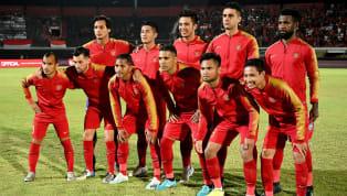 Kostum tim nasionalIndonesiakerap berubah dalam hal desain. Menarik untuk melihat evolusi dari jersey tim nasional Indonesia pada era sepak bola...