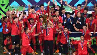 Timnas Vietnam resmi menjuarai kompetisi AFF Cup 2018, hal ini dipastikan setelah mereka menaklukkan Malaysia dengan skor 1-0 di leg kedua partai final,...