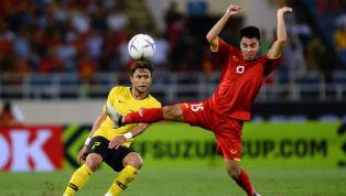 Báo Malaysia ví đội nhà là Barcelona, chê Việt Nam dùng lối đá thô bạo