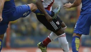 De la carrera de este lateral tucumano que supo jugar en Estudiantes y Boca en la Argentina, lo más recordado es la increíble patada que le pegó al Rolfi...
