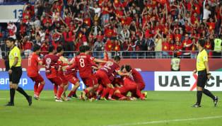 Ở Hàn Quốc lúc này, thông tin về giải bóng đá Ngoại hạng Anh - giải đấu được xem là hấp dẫn nhất hành tinh, còn không thu hút được lượng truy cập nhiều bằng...