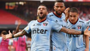 Dani Alves mới đây hé lộ, anh suýt chút nữa đã trở về Juventus hayBarcelonatrong Hè 2019 vừa qua. Tuy vậy cầu thủ này đã thay đổi quyết định trong phút...