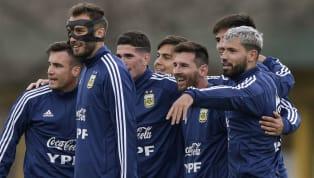 Bek Ajax Amsterdam asal Argentina, Nicolas Tagliafico, menegaskan komitmen skuat Timnas Argentina untuk tidak membebani Lionel Messi di Copa America 2019....