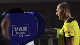 El debate sobre la tecnología en el fútbol lleva varios años y todo indica que el VAR llegó para quedarse. El gran problema que se vio en el primer fin de...