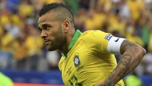 El futbolista brasileño anunció el domingo que su etapa en el Paris Saint Germain había terminado, pero no dijo nada sobre su futuro. France Football...