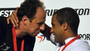 OSão Paulovive tempos difíceis. De 2010 para cá, deu apenas uma volta olímpica - Copa Sul-Americana de 2012. O clube, que era exemplo de administração,...