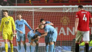 Đội bóng Ngoại hạng Anh Burnley mới đây đã tuyên bố về nguy cơ phá sản nếu như giải đấu không trở lại vào tháng Tám. Covid-19 đã khiến cho Ngoại hạng Anh cũng...
