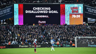 La VAR a été approuvée par la FIFA depuis le6 mars 2016... Si elle a pendant longtemps été réclamée et applaudie lors de son intronisation, tout ne s'est...