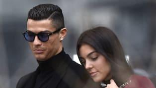 Cristiano Ronaldo từng phủ nhận chuyện đã kế hôn với bạn gái Georgina Rodriguez hồi tháng 11 năm 2019 vừa qua. Mới đây bạn gái Ronaldo là Georgina bất ngờ gọi...