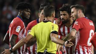 La tarjeta roja que vio ante el FC Barcelona le ha salido cara al delantero rojiblanco después de que el Comité de Competición confirmase su suspensión de...