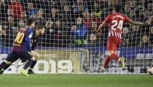 El Barcelona acaricia el título de liga. Tras derrotar ayer por 0-2 al Alavés en Mendizorroza, está a apenas tres puntos de proclamarse campeón de liga. El...