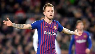 Eigentlich hatte Ivan Rakitic vorkurzem erst bestätigt, dass er trotz der Verpflichtung von Frenkie de Jong beimFC Barcelonableiben will. Mittlerweile...