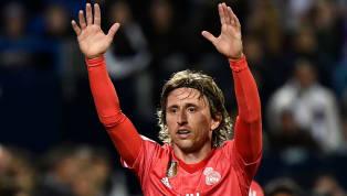 Vor wenigen Tagen verlängerteToni Kroosseinen Vertrag beiReal Madridbis 2023, nun könnte der nächste Mittelfeldspieler nachziehen: Wie...