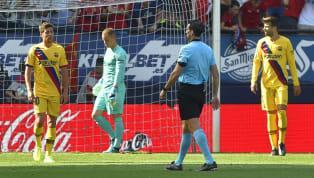 El Barcelona consiguió el sábado una contundente (5-2) victoria ante un Valencia que llegaba en estado de shock al Camp Nou, con la dimisión de Marcelino...