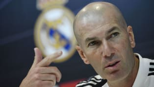 Pelatih Real Madrid, Zinedine Zidane, melontarkan sindiran kepada rival bebuyutan, Barcelona, mengenai perolehan titel La Liga kedua tim. Zidane, dengan...