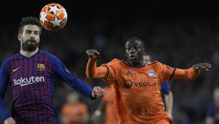 D'après les informations de la presse espagnole, les prestations jugées moyennesde Ferland Mendy face au FC Barcelone auraient poussé le club catalan à...