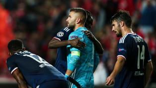 L'Olympique Lyonnais a concédé sa première défaite de la saison en Ligue des Champions face à une valeureuse équipe benfiquiste, bien aidée par une énorme...