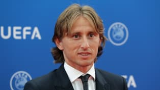बीती रात UEFA बेस्ट मिडफील्डर औरUEFA बेस्ट प्लेयरका डबल अवॉर्ड अपने नाम करने वाले क्रोएशियन मिडफील्डर लूका मॉड्रिच ने कहा है कि वह रियल मैड्रिड में खुश...